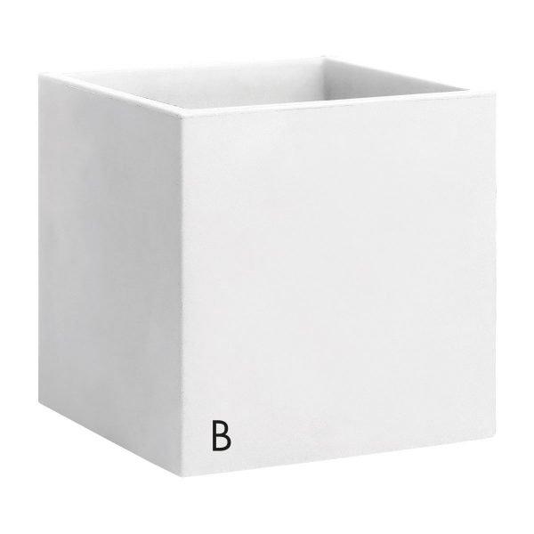 Kвадратни кашпи в цвят бял